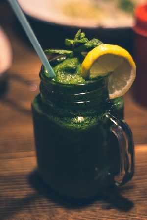 Groene smoothie met hennepzaad